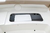 182sc_rear_seat_storage_cooler