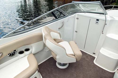 235cr_passenger_seating_cabin_door