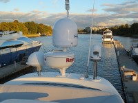 MC47FLY-kupit-yachtu-spb-04