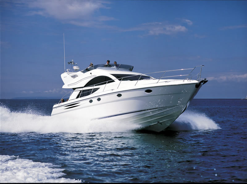 Купить яхту Fairline Phantom 50