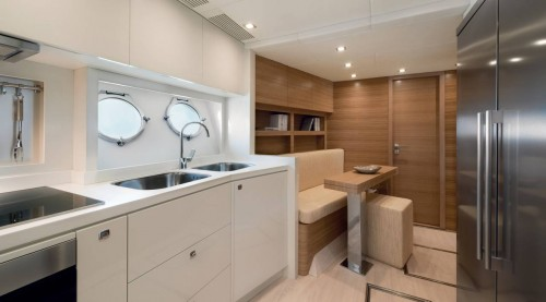 mcy86_galley_01