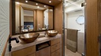 mcy86_vip_cabin_en_suite_bathroom
